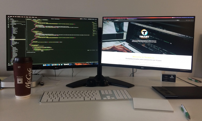 Website designer Helmetta